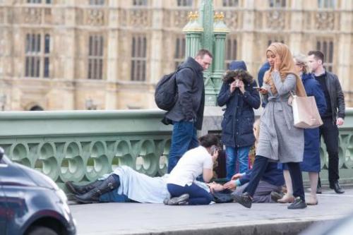 attentat,londres,westminster,femme voilée,musulmane,islam,infidèles