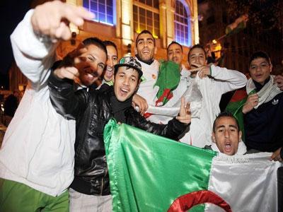 racailles,immigrés,drapeau,algérie,invasion