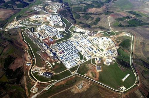 kosovo,Bondsteel,USA,OTAN,base militaire,manipulation