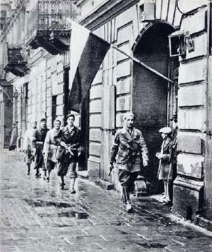 Varsovieinsurrection1945.jpg
